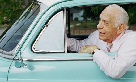 Платят ли пенсионеры транспортный налог?
