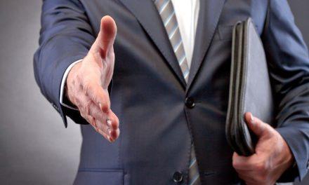 Как пожаловаться на адвоката в коллегию адвокатов?